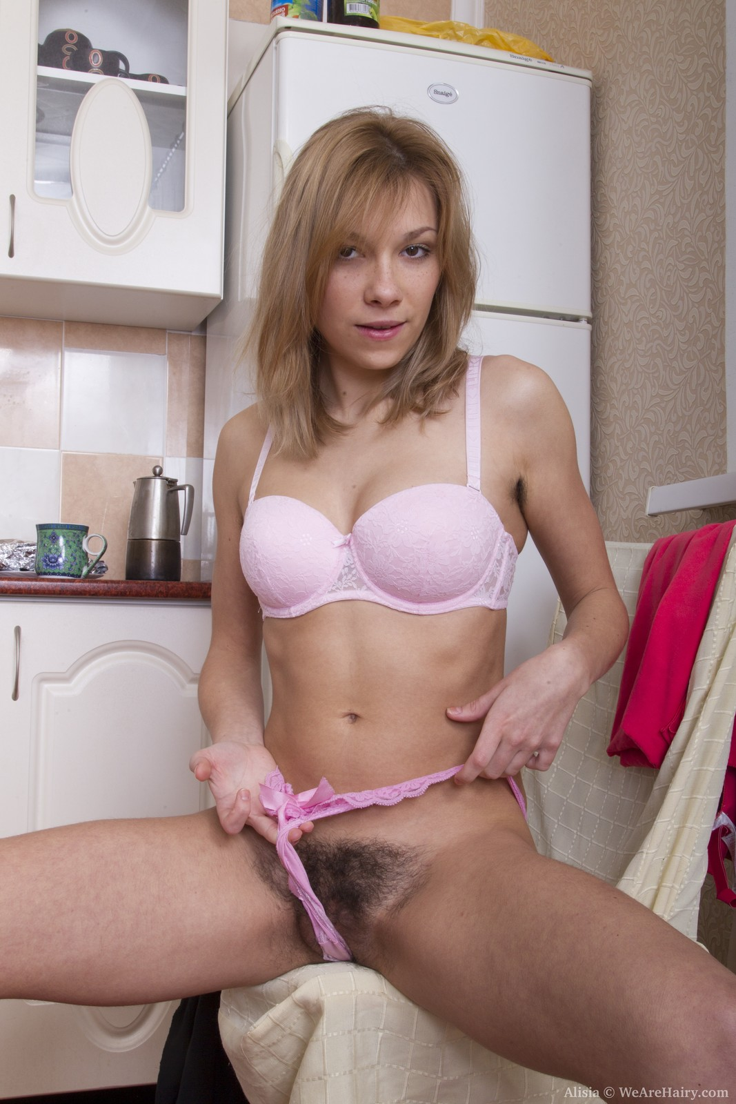 alisia spreads pussy lips after stripping naked - hairyzilla
